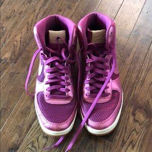 Nike Air Pink Hightops 7.5 EUC